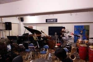 11/24 関目ブラウニーにてOH!BANZAI倶楽部(おばんざいくらぶ)のライブにエキストラで参加しました。